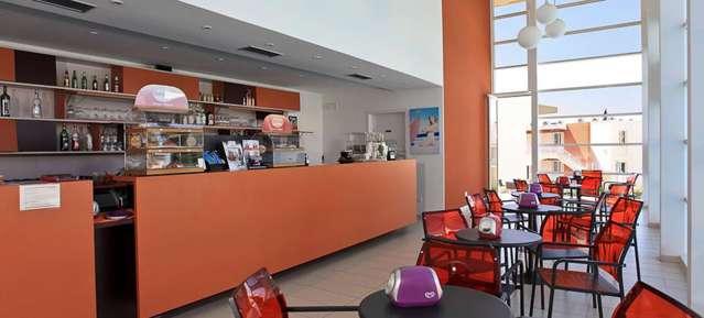 Sporting resort acquista la tua casa vacanze evohouse for Piani di casa con una vista verso la parte posteriore