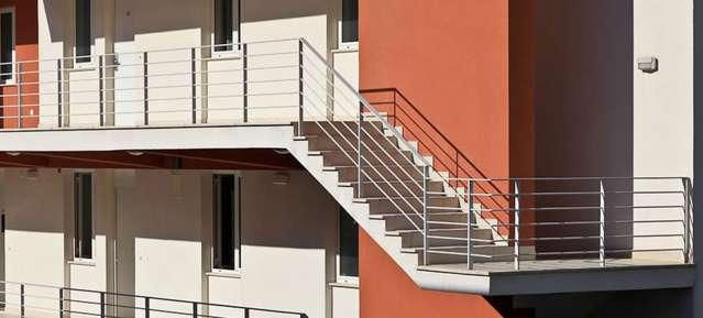Sporting resort acquista la tua casa vacanze evohouse for Piani di case in collina per lotti in pendenza